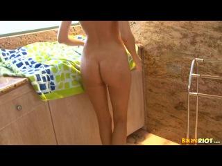 Carli Banks - My New Shower Masturbation
