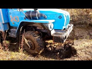 Урал штурмует размывы на лесных дорогах