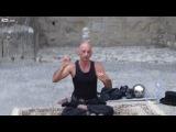 Уличный йог-жонглёр