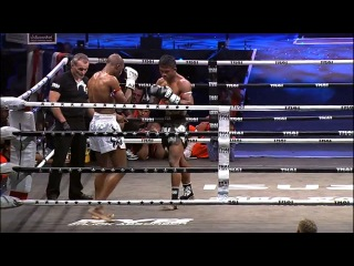 Buakaw vs abdoul toure / muay thai