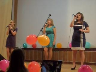 Концерт на День учителя - Песня о маме