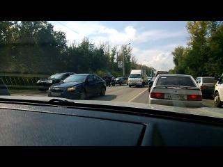 В Уфе на демской дороге столкнулись четыре машины