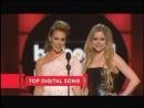 Алисса Милано и Аврил Лавин на вручении премии Billboard Music Awards 19 мая 2013