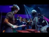 David Byrne - This Must Be the Place (Naive Melody) - live, Jools Holland, 2004