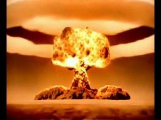 Роботы Блазера взорвали ядерную бомбу на планете.