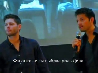 Дженсен Эклз корчит рожи за спиной у Миши Коллинза (с русскими субтирами)