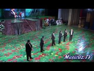 Qiziqchilar chiqishi Sen Aziz Va Muqaddassan Ayol Konsert dasturidan