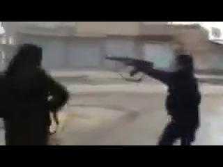 Сирия.Один из братьев становится Шахидом иншаАЛЛАХ
