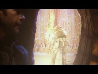 Шеппард применяет светошумовую гранату против рейфа-солдата.