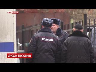 Школьного стрелка Сергея Гордеева, под конвоем доставили в суд для ареста_