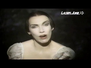 Annie Lennox Love song for a vampire(Кфильму Дракула)