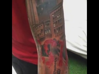 Тьерри Анри сделал татуировку на всю руку