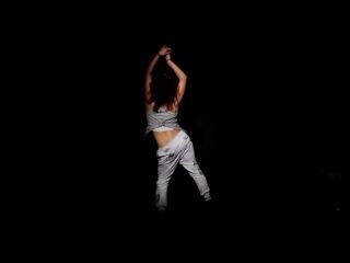 Класно танцует