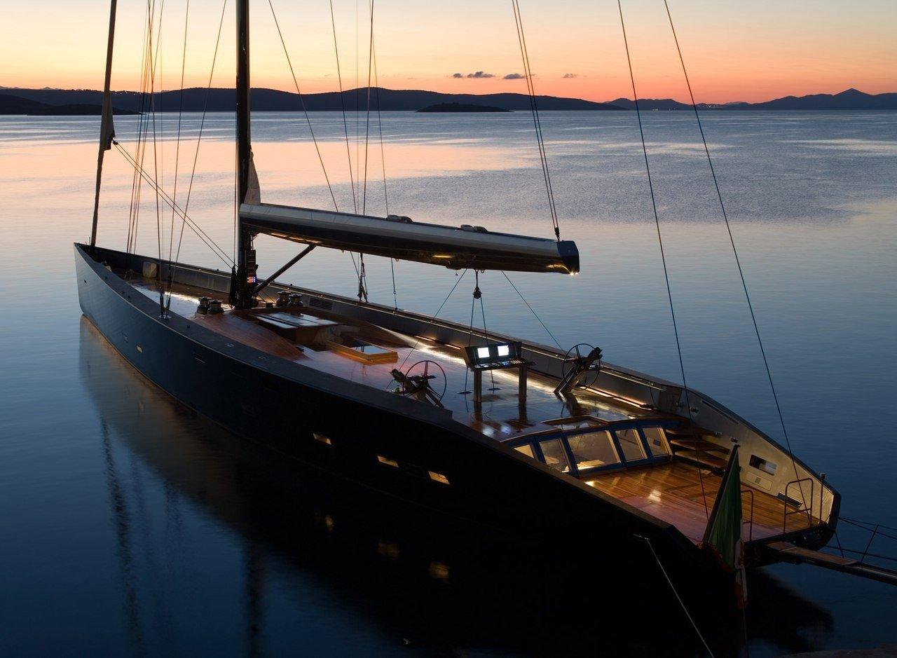парусная лодка для обучения