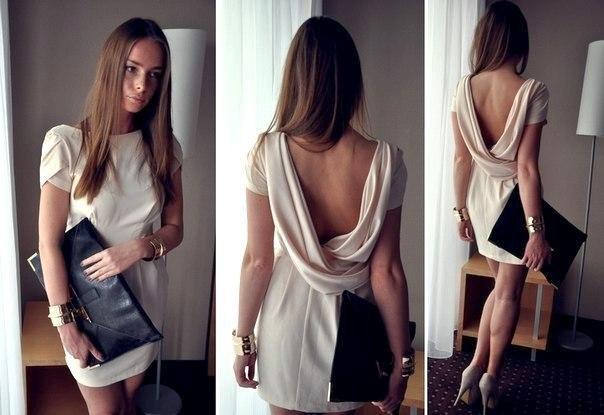 Платье с хомутом на спине