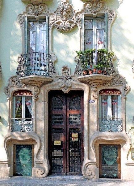 Двери как произведение искусства, Испания