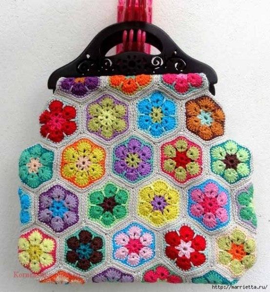 Delicadezas en crochet Gabriela: Bolsa de asas con motivo flor africana