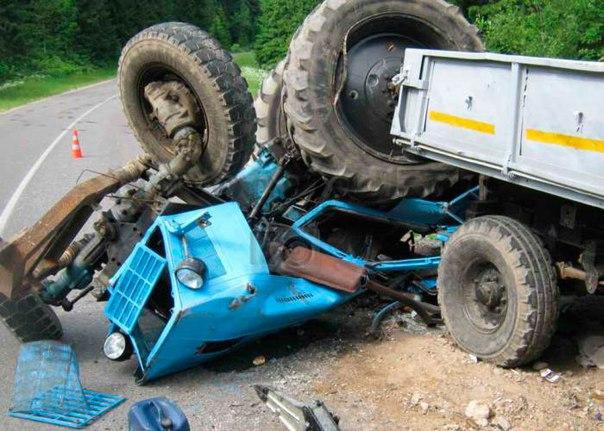 В Татарстане в аварии погиб водитель трактора