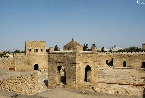 Атешгях - храм огнепоклонников
