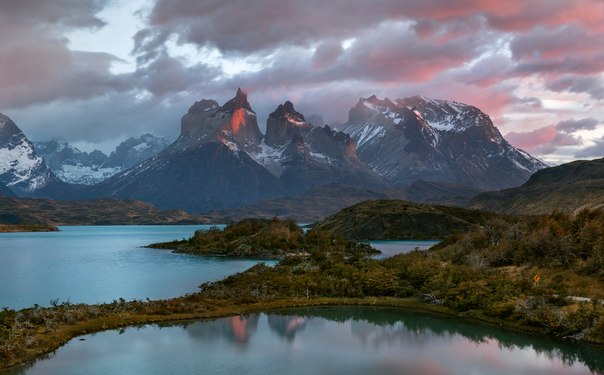 Национальный парк Торрес-дель-Пайне, Чили. Автор фото — Сергей Агапов:nat-geo.ru/photo/user/11434/