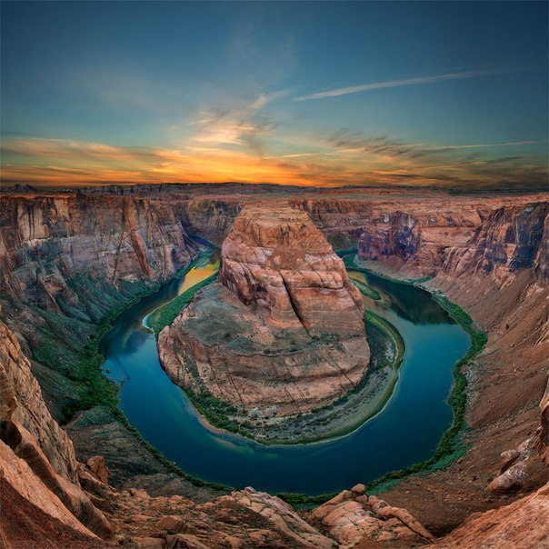 Подкова реки Колорадо, штат Аризона. Автор фото — Павел Жигалов: nat-geo.ru/photo/user/50708/