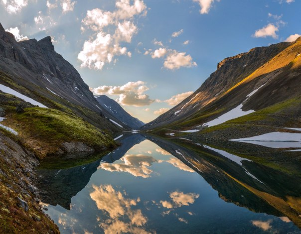 Озеро Длинное, Хибины. Автор фото — Фёдор Лашков: nat-geo.ru/photo/user/27510/
