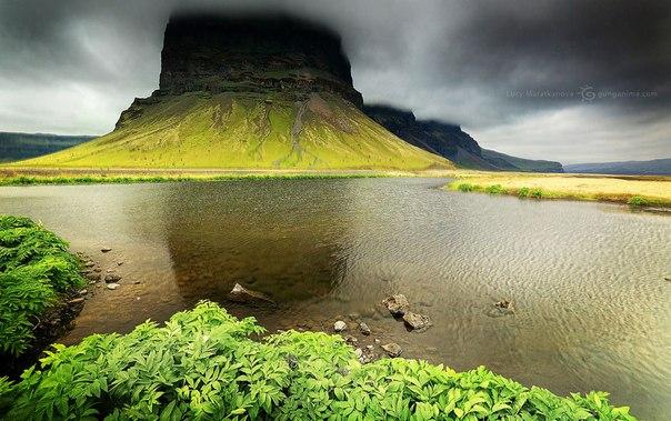 Неподалеку от озера Йокульсарлон, Исландия. Автор фото — Люся Маратканова: nat-geo.ru/photo/user/115523/