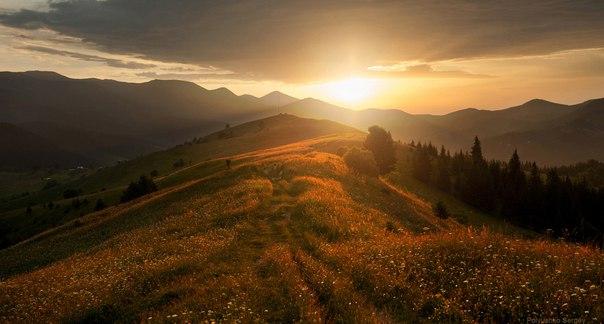 Закат на горе Косарище. Автор фото — Сергей Полюшко: nat-geo.ru/photo/user/60913/