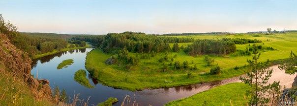 Панорама реки Реж со скалы Говорун. Алапаевский район. Автор фото: Пётр Козлов.