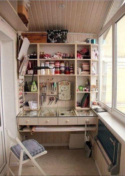 Творческая мастерская на балконе (1 фото) - картинка