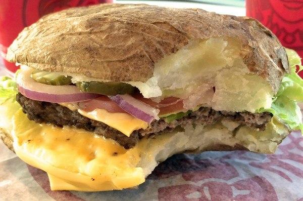 Чизбургер с колбасой рецепт с фото