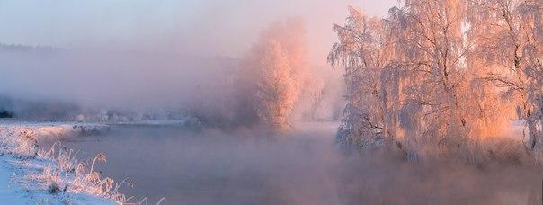 «Морозный рассвет». Река Свислочь, Беларусь. Автор фото: Алексей Угальников.