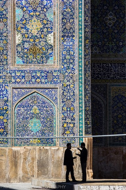 «Беседа о прекрасном». Исфахан, Иран. Автор фото — Кирилл Самурский