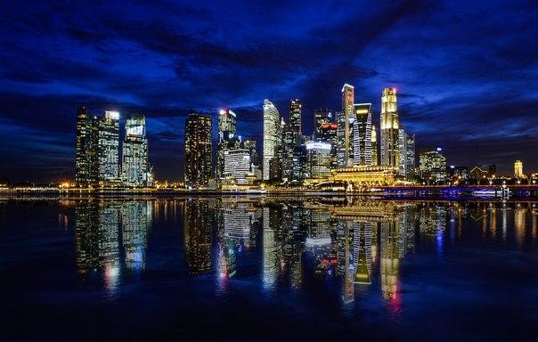 Ночной Сингапур. Автор фото — Оксана Ващук: Добрых снов!