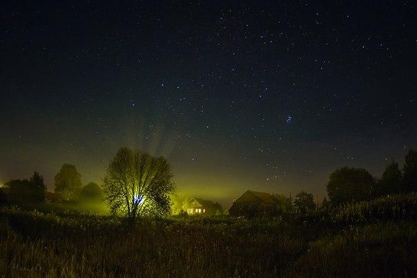 Марина Мурашова, автор фото: «Нет ничего лучше, чем провести провести время отдыха в деревне: погулять под звездами, посидеть у костерка, искупаться в речке!» Смотрите также другие фото автора