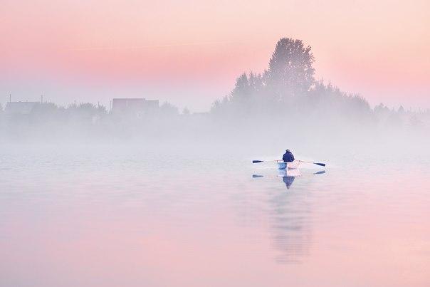 «Утро рыбака». Озеро Талто, Архангельская область. Автор фото: Александр Ермолин.