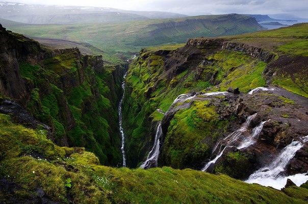 Накануне очередных выходных мы подготовили для вас подборку по Исландии. Снимки этой островной страны, сделанные участниками сервиса «Ценный кадр» и нашими подписчиками, дополняет подборка исландской музыки, составленная организаторами популярного музыкального фестиваля «Усадьба Jazz». Хорошего отдыха!