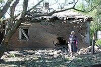 Боевики продолжают варварские обстрелы мирных населенных пунктов. Разрушены жилые дома в Станице Луганской и Счастье - Цензор.НЕТ 5608