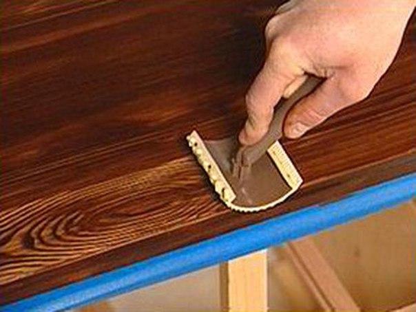 Как покрасить дверь под старину своими руками