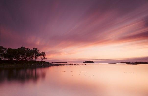 «Спокойствие Севера». Закат на Белом море, Соловецкие острова. Автор фото — Анастасия Новикова