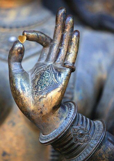Будда Смелость и Открытое Сердце YYdTnntbSQc