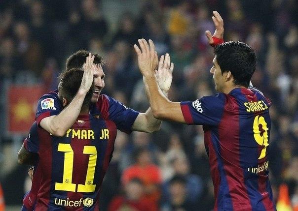 """Луис Суарес: благодаря Месси и Неймару не испытываю в """"Барселоне"""" давления"""