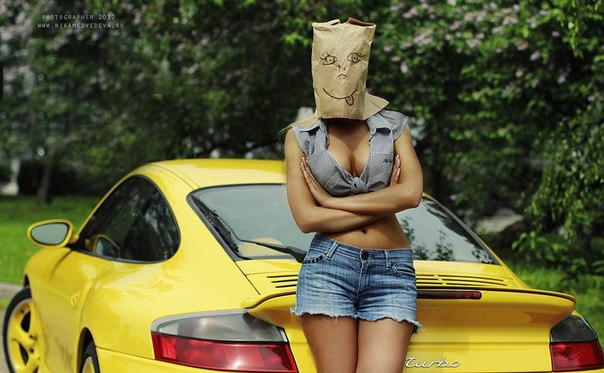 Porsche 911. #CarsGirls
