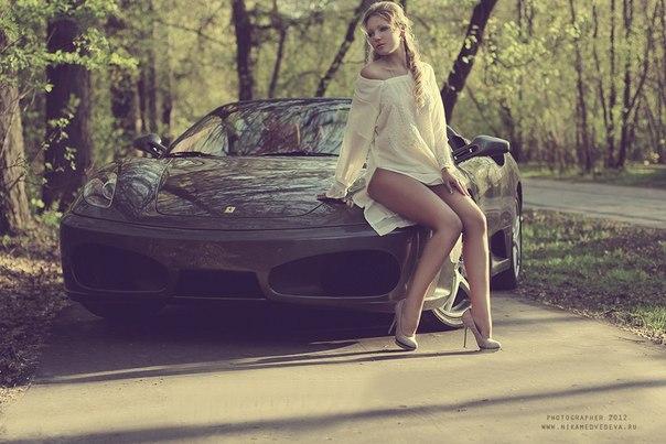 Ferrari F430. #CarsGirls
