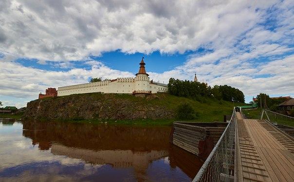 Самой последней изпостроенных каменных городских крепостей России был единственный наУрале Верхотурский кремль.