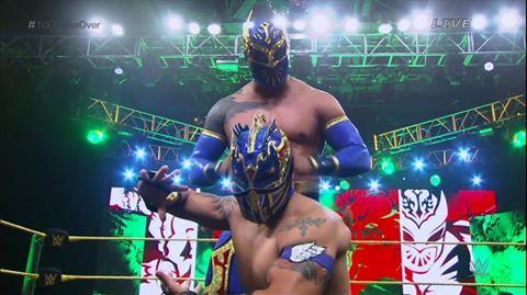 Дебют NXT команды в основном ростере