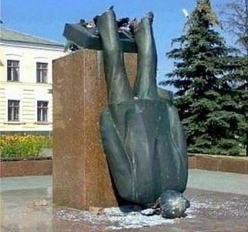 Понедельник, подборка русских приколов. Подборка русских приколов