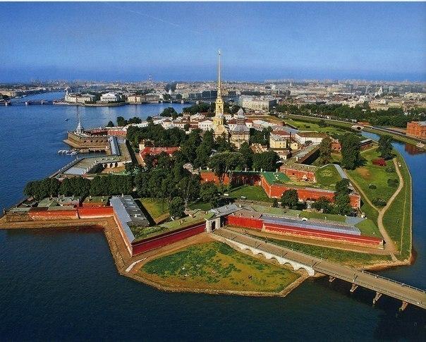 12 адресов в Петербурге, где вход всегда свободный