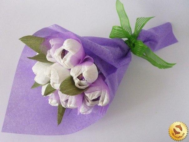 Цветы из конфет своими рукамиГофрированная бумага для