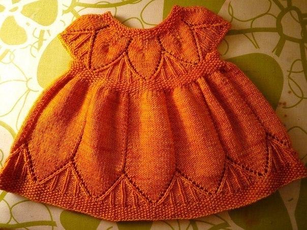Детское платье спицами. (6 фото) - картинка